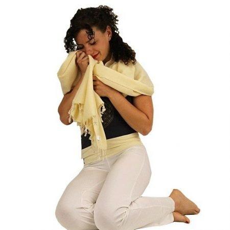 Meditatie omslagdoek effen geel