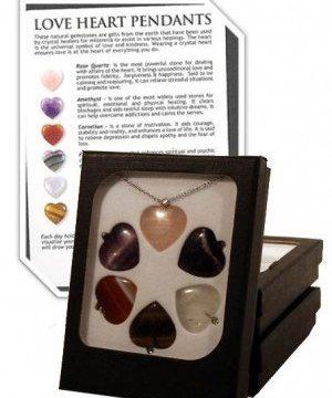 6 halfedelstenen hartjes met ketting in doosje Lovehearts